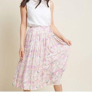 Modcloth pleated shell print midi skirt